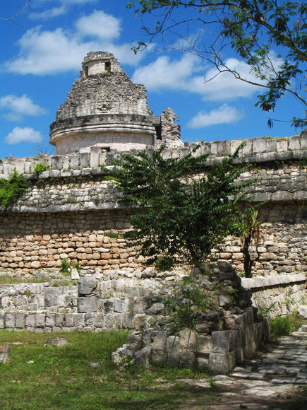 el caracol, the observatory at chichen itza