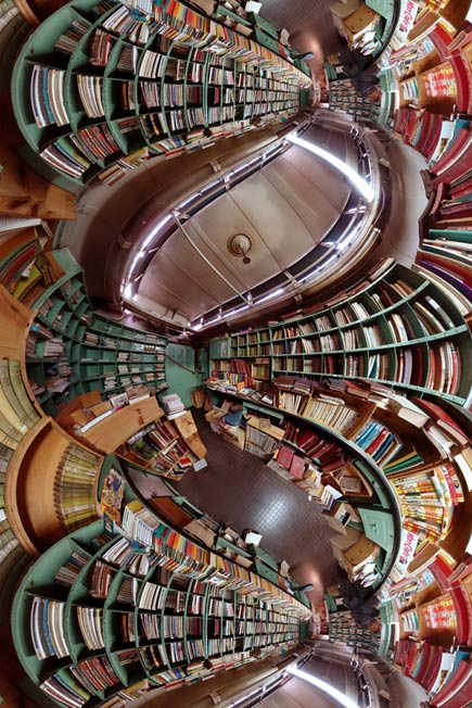 caverne aux livres, a bookstore in in Auvers-sur-Oise